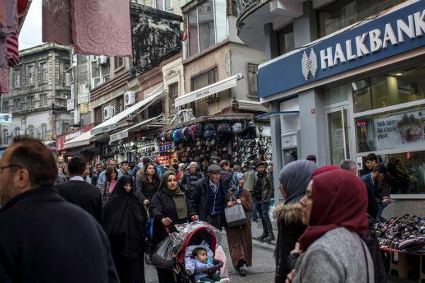 هالک بانک ترکیه بهدلیل نقض تحریمهای ایران تحت پیگرد قضایی قرار گرفت | رادیو زمانه