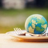 جهانخواری: بدون تغییر الگوی تغذیه تخریب طبیعت ادامه خواهد داشت. تصویر از Shutterstock