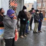 کارگران ساختمانی − انتظار در خیابان