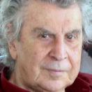 میکیس تئودوراکیس ،۲۰۰۴، عکس از ویکیپدیا